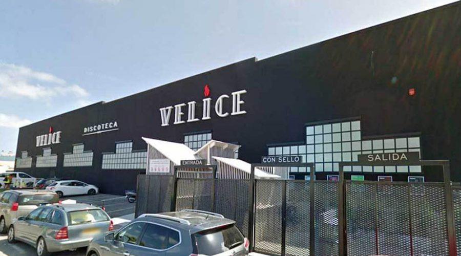Diseño y creación de fachada corporativa para discoteca